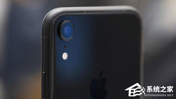 "iPhone XR怎么样?相信不少果粉都很清楚,和已经开启预购的国行版iPhone XS Max一样,""廉价版""的iPhone XR也支持双卡双待功能。这不禁令人好奇,iPhone XR究竟怎么样?iPhone XR值得买吗?想入手该产品的朋友,不妨来看看小编分享的苹果iPhone XR手机评测。  硬件配置  在iPhone XR上,苹果带来了6个颜色:White(白色)、Space Grey(深空灰色)、Red(红色)、Spicy Orange(辣椒橙色)、Coblat Blu"
